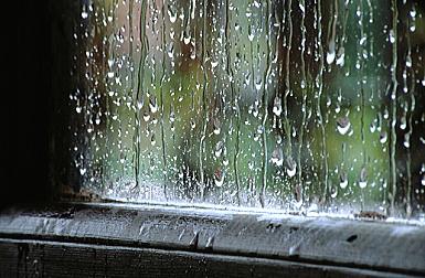 集中力が増す雨の音