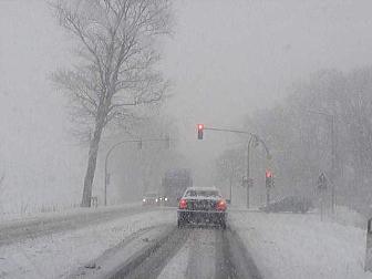 肩がこる雪道の運転