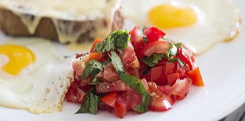 摂取し易く強力な抗酸化力を持つトマト